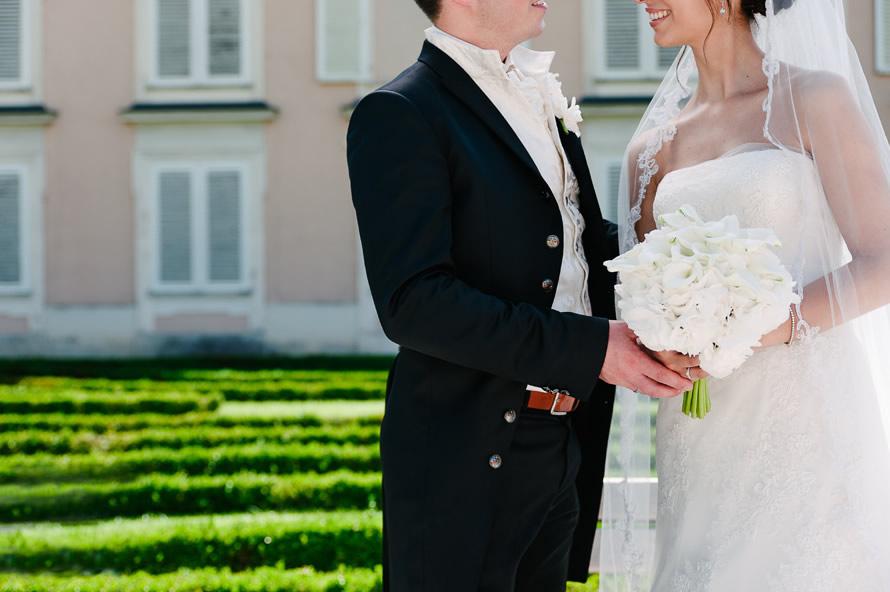 Brautpaar im Schlossgarten Mirabell