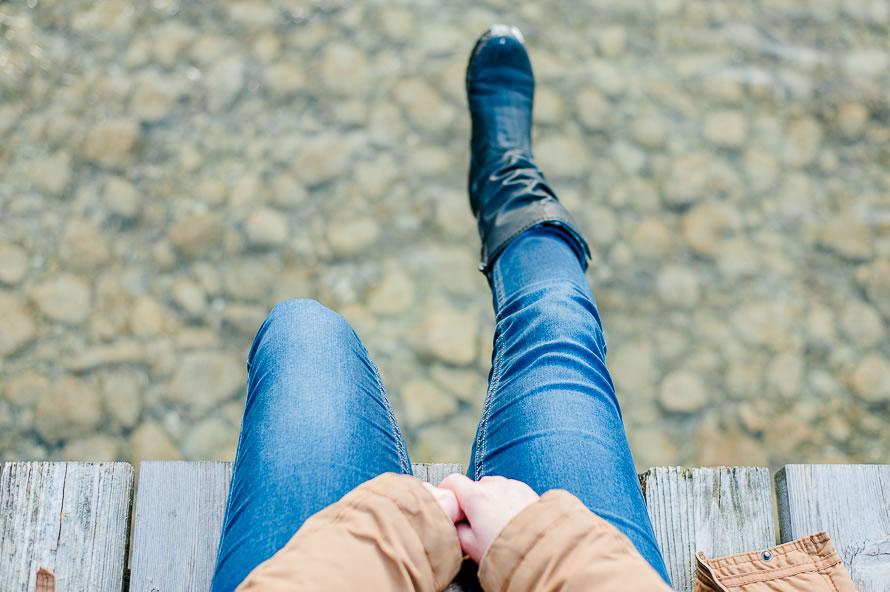 baumelnde Beine