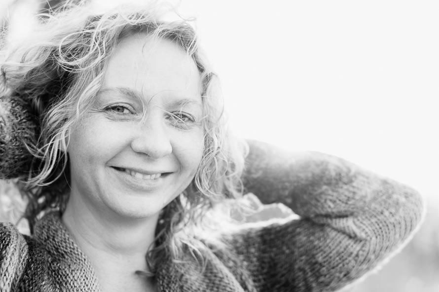 lachende Frau Portrait shoot am Ammersee
