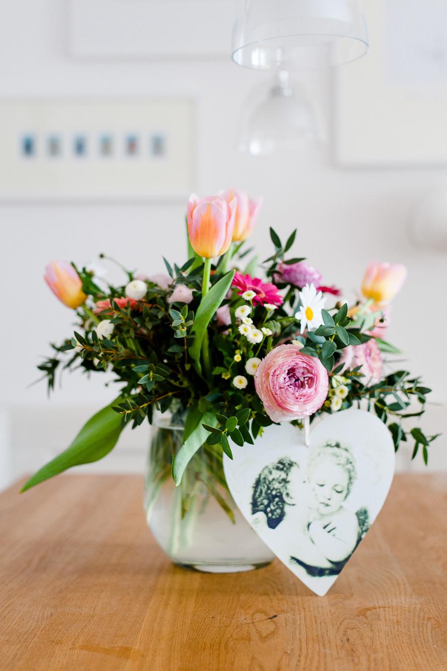 wunderschöner Blumenstrauß zur Geburt